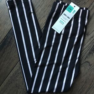 Kids Black and thin white stripe leggings NWT